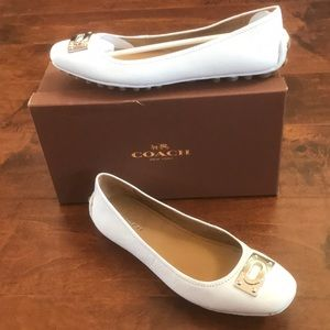 Coach✨NWOT✨Vernon Pebbled Leather loafers Chalk